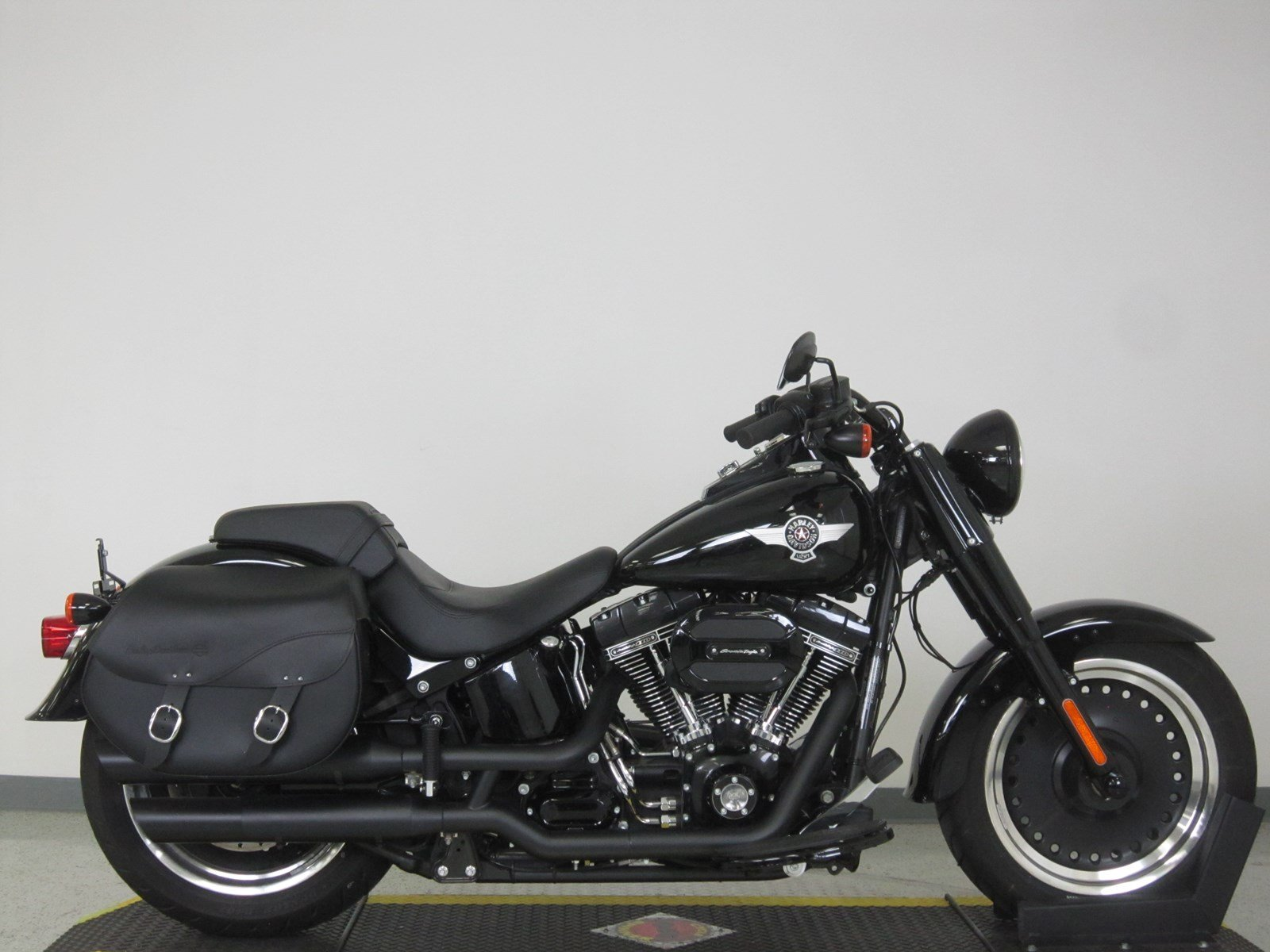 pre owned 2017 harley davidson softail fat boy s flstfbs softail in n billerica u029017 high. Black Bedroom Furniture Sets. Home Design Ideas