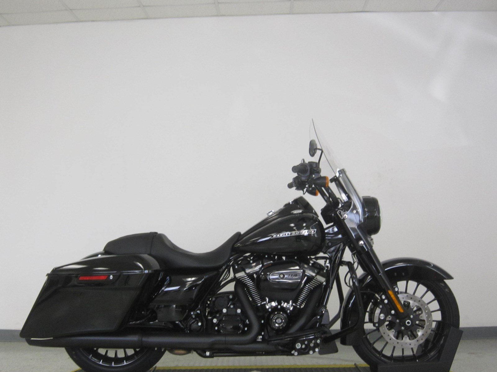 Pre-Owned 2019 Harley-Davidson Road King Special FLHRXS
