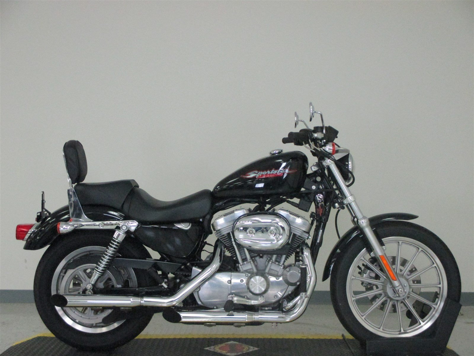 pre owned 2006 harley davidson sportster 883 low xl883l sportster in n billerica u406433. Black Bedroom Furniture Sets. Home Design Ideas