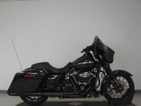 New 2018 Harley Davidson Street Glide Special FLHXS